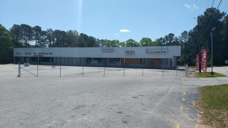 Existing strip mall on Spring Road (photo by Haisten Willis)