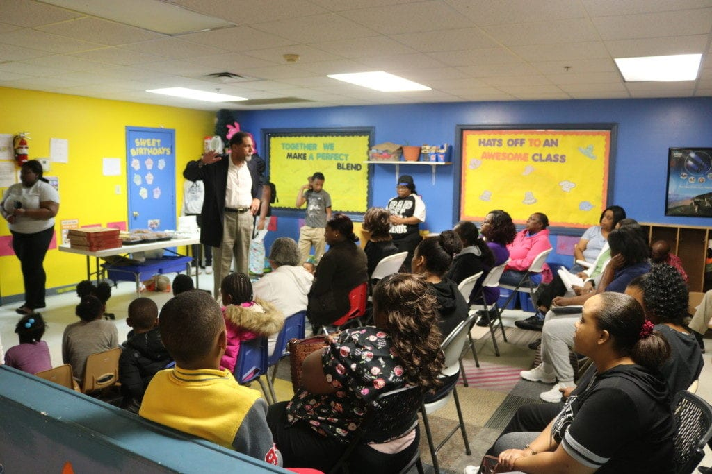 Michael Murphy speaks to renters at Town Hall meeting (photo by Larry Felton Johnson)